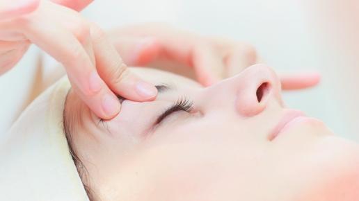 Воздействие на глаза помогает снять усталость