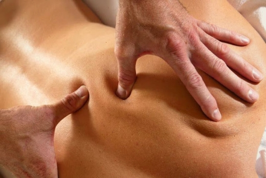 Шведский массаж прием продавливание
