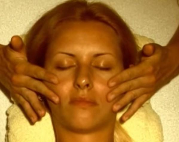 Выполнять массаж по Жаке необходимо мягкими движениями